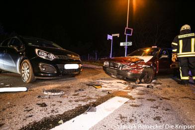 In der Nähe der Fundgrube kam es zu einem Unfall mit drei beteiligten PKWs