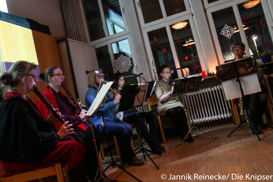 Beim Adventskonzert in der evangelischen Kirchengemeinde konnten sich die Besucher aussuchen, welche Lieder sie singen wollten.