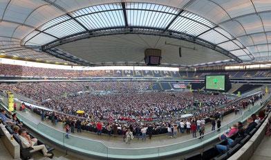 Hessens größtes Public Viewing bei der FIFA WM 2014™: Der hessische Privatsender HIT RADIO FFH und die Stadion Frankfurt Management GmbH feierten mit 181.000 Fans in der Commerzbank-Arena die sieben Spiele der deutschen Fußball-Nationalmannschaft.