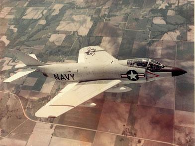 F-3H-2N Demon in volo nel 1956 - Archivio AeroStoria.