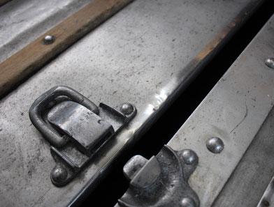 expert en malle de collection louis Vuitton aluminium
