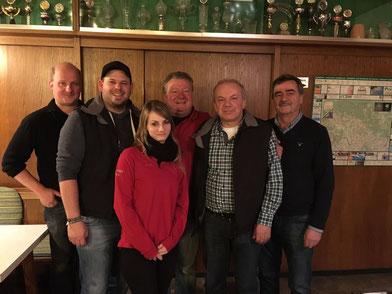 v.l. Schützenmeister Christian Preiß, Alexander Wasl, Julia Baumann, Georg Sigl, Günter Bauer, Bürgermeister Josef Kern