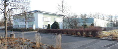 Charlotte Meentzen KRÄUTERVITAL KOSMETIK GmbH. Das seit 90 Jahren erfolgreiche Unternehmen  ist seit 2002 in Radeberg ansässig