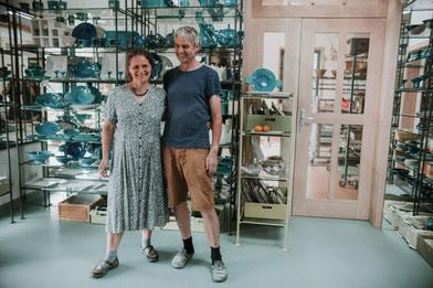 Katharina Heusinger und Martin Waubke im Ausstellungsraum