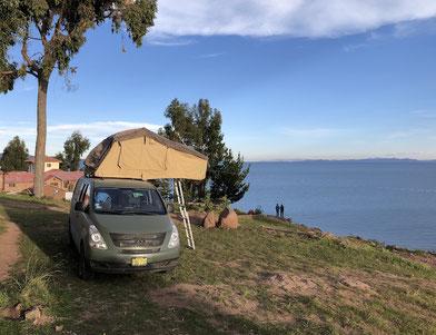 Blick auf den Titikakasee - Campervan Tour durch Peru