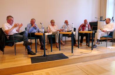 Dr. Stefan Feucht, Minister a. D. Ulrich Müller MdL, Christa Lauber, Jürgen Leipold, Alexander Plappert und Moderator Prof. Dr. Dietmar Schiersner (v. l. n. r.)