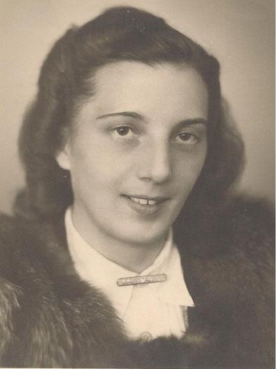 Frau Anneliese Raschdorf, geb. Engel - Quelle: Rainer & Sonja Raschdorf