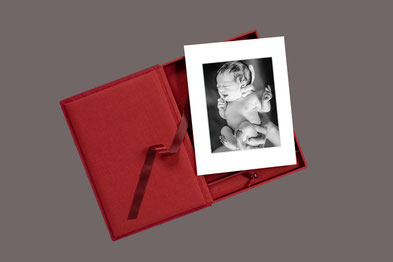 Passepartoutbox mit Newborn Fotos