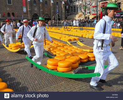 Käsemarkt in Aklmaar (freitags morgens, dienstags abends)