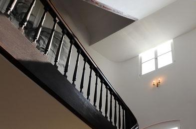 Treppenhaus im Gutsherrnhaus des Karlshof Ellingen - denkmalgeschützt und vorbildlich saniert.