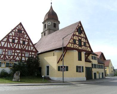 Die Denkmalschutz Immobilie Makler historischer Häuser Ecktal Schönes Wohnhaus