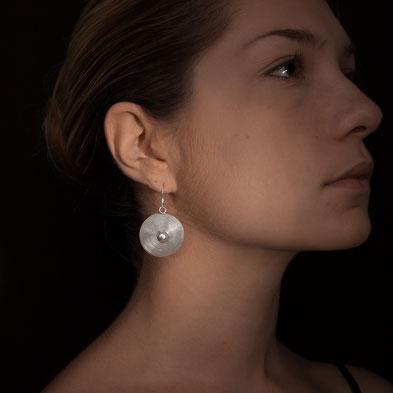 boucles d'oreilles spirale en argent ethniques traditionnelles