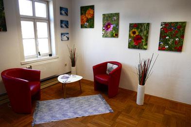 Sitzungsecke für Psychotherapie, psychologische Beratung und sonstige therapeutische Gespräche