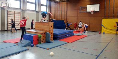 Schule Turnen Hindernis Sport Halle