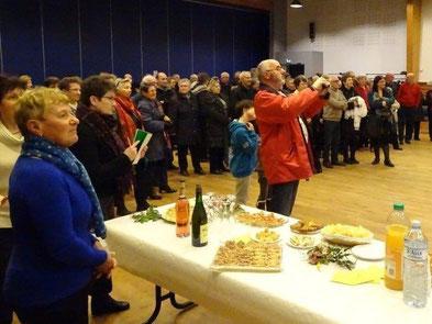 Environ 90 personnes étaient rassemblées dans la salle Steredenn, parfaite pour l'occasion .
