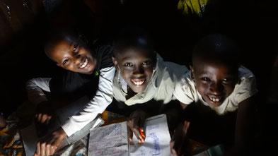 Mission Kongo - Solarlampen Projekt in Süd Kivu, DR Kongo