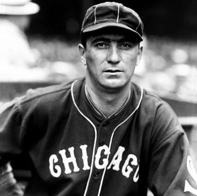 Nella foto Moe Berg (Photo courtesy of the Conlon Collection)