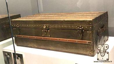 Louis Vuitton brass cabin trunk full brass Museum: Louis Vuitton