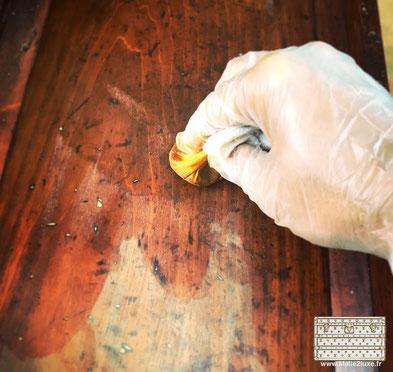 stamp varnish on vuitton mahogany wood
