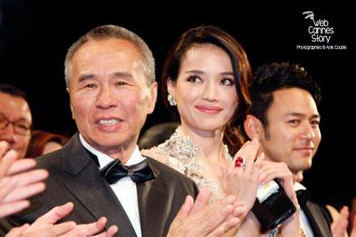 """Hou Hsiao-Hsien et son actrice Shu Qi, lors de la projection de son film """"The assassin"""" -  Festival de Cannes 2015 - Photo © Anik COUBLE"""