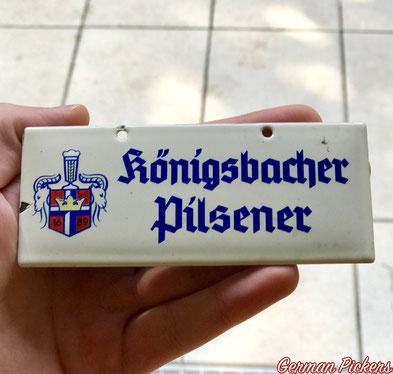 Königsbacher Brauerei Türschild / Zapfhahnschild - Emailschild  Deutschland um 1930  12 x 5 cm