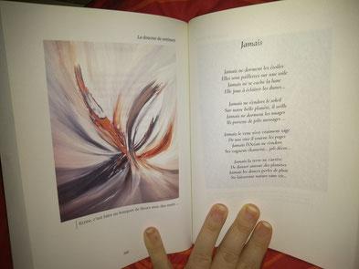 Photo d'une poésie de Christine Arnoux et d'une oeuvre de l'artiste peintre Adélia Martins dans le livre Les larmes de l'âme paru aux Éditions Pixygraph'