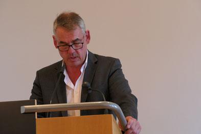 Dr. Stefan Feucht