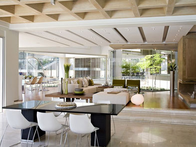 Out-of-a-dream Glass House by Nico Van Der Meulen Architects
