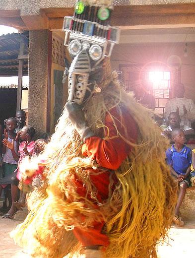 Konden Mask Dance in Simbaya