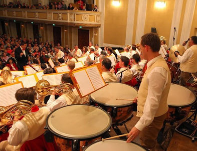 Paukist der Postmusik Salzburg beim Herbstonzert im Mozarteum Salzburg 2013