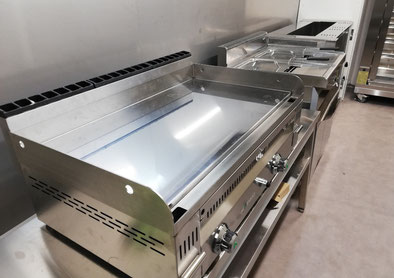 Ligne de cuisson grill : double friteuse 15 litres, plancha 90 cm