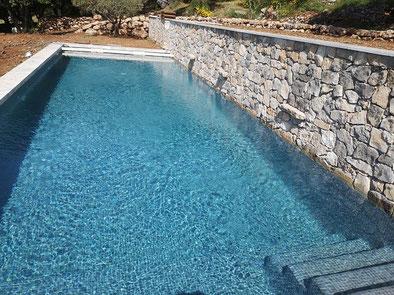 piscine couleur mer
