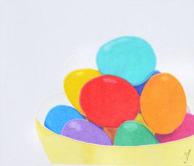 Dessin crayons de couleur oeufs de pâque colorés dans bol.