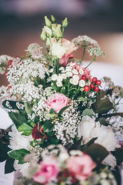 Brautstrauß pink weiß