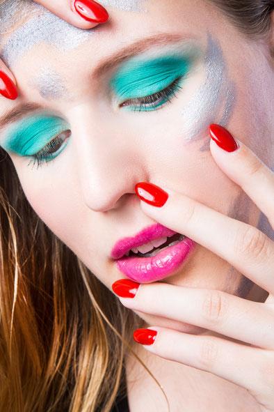 Beauty Shooting // Fotograf: Björn Kahlert // Model:Doreen Tchorkowski // Hair & Make-up: me