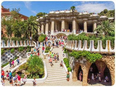visita guiada Gaudi, guía turístico con idioma ruso, guía turístico en Cataluña, guía oficial de Cataluña, guía turistico en Barcelona, guía ruso en Gerona, guía ruso en barcelona, guía con idioma ruso en Costa Bravaa
