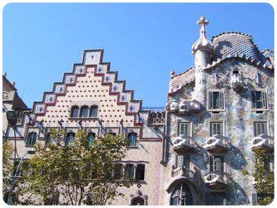 modernismo Barcelona, guía turístico con idioma ruso, guía turístico en Cataluña, guía oficial de Cataluña, guía turistico en Barcelona, guía ruso en Gerona, guía ruso en barcelona, guía con idioma ruso en Costa Bravaa