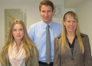 Von links: Schülerpraktikantin Malin Seltmann, MdB Patrick Sennsburg, Rechtsanwältin Mélanie Scheuermann