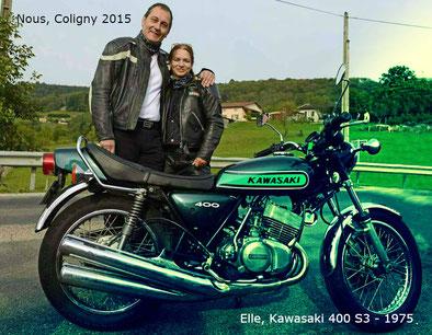 Gîte Motards à Giron dans l'Ain France - Nous à Coligny dans l'Ain pour la Montée Historique Maurice Violland 2015. Au premier plan la Kawasaki 400 S3 année 1975 de Nath
