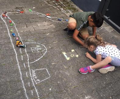 Kinder brauchen Entspannung,  nicht nur beim eigen Spiel  Die Weitergabe oder Verwendung dieser Bilder ist untersagt