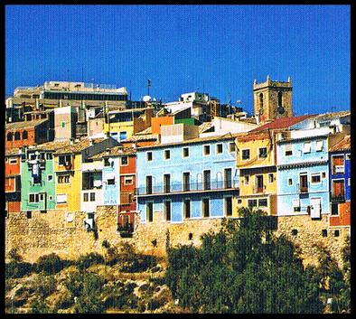 Vila Joiosa  es una ciudad cálida acogedora que se encuentra en Alicante (Comunidad Valenciana) España