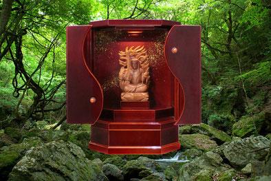 小型仏壇でありながら、機能性十分な飛騨高山春慶小型仏壇 勾玉α