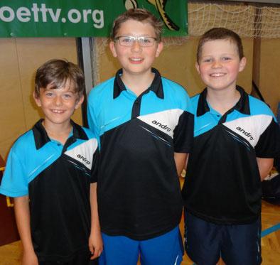 Marek, Anton und Jakob spielten in Oberndorf bei der Nachwuchsliga mit.