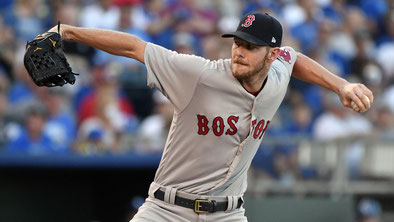 Nella foto Chris Sale, lanciatore dominante dei Boston Red Sox (Ed Zurga / Getty Images)