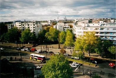 Kurfürstendamm, Henriettenplatz. Im Hintergrund der Fernsehturm