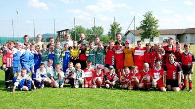 E-Jugend Fußballturnier DJK-SV Berg – Walce 2004