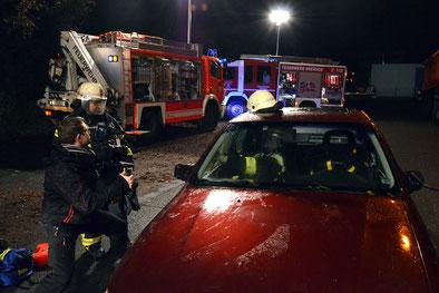 Bild-Dreh: Rettung am Unfallwagen