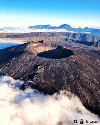 Départ pour le cratère Dolomieu lianedejade974