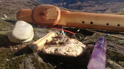 Schamanische Flöte, Räucher-Stein, Kristall