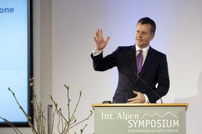 «Wir werden in zwanzig Jahren ein Europa sehen, das der Schweiz in manchen Punkten sehr ähnlich ist», prophezeite der Black-Rock-Manager Philipp Hildebrand, der sich als Notenbankchef nie so prononciert  ausdrücken durfte.